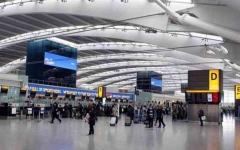 الصورة: الصورة: أعداد الركاب في مطار هيثرو تهوي 73 بالمئة في 2020