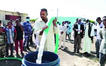 الصورة: الصورة: «الناس شركاء».. مبادرة مجتمعية تروي عطش القضارف السودانية