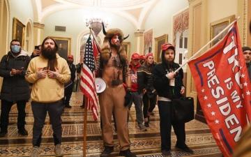 الصورة: الصورة: «المتمردون».. وصف يلاحق أنصار ترامب في الإعلام الأمريكي