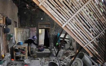الصورة: الصورة: مقتل 3 وإصابة 24 في زلزال بقوة 6.2 درجة بإندونيسيا