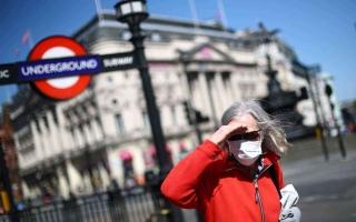 الصورة: الصورة: إغلاق جميع ممرات السفر في بريطانيا اعتباراً من الاثنين