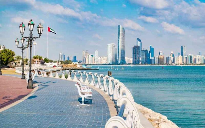 الصورة: الصورة: أبوظبي تضيف البحرين للقائمة الخضراء المعفية من الحجر الصحي