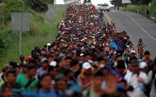 الصورة: الصورة: آلاف المهاجرين ينطلقون من أمريكا الوسطى إلى الولايات المتحدة