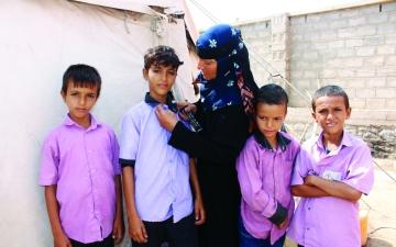الصورة: الصورة: زينب.. نازحة يمنية لم تفقدها المعاناة الأمل في الحياة