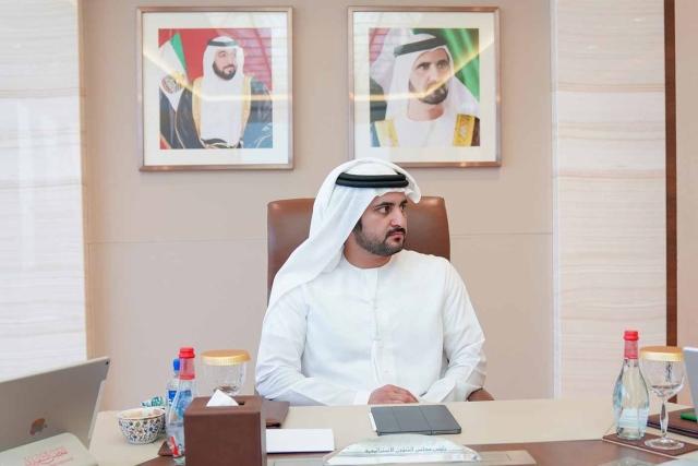 مكتوم بن محمد يصدر قراراً بتشكيل لجنة شؤون الخبراء في محاكم دبي