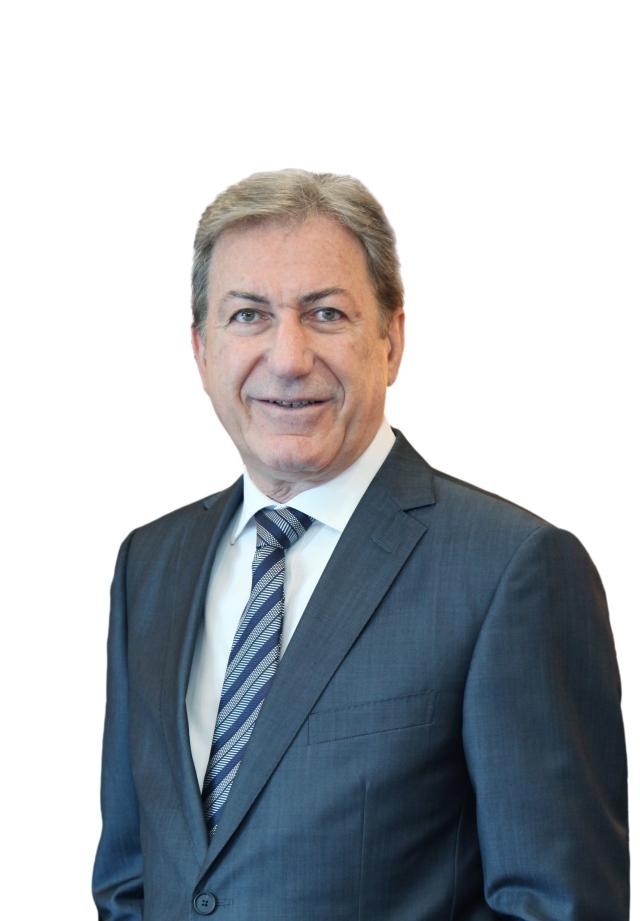 صورة أبوظبي الأول يوقع اتفاق نهائي لشراء بنك عوده مصر – الاقتصادي – اقتصاد الإمارات