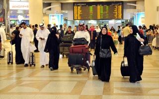 """الصورة: الصورة: """"كوتا"""" للقادمين إلى الكويت لتجنب إغلاق المطار"""
