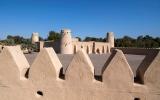 الصورة: الصورة: بالفيديو.. قلعة الجاهلي رمز للقوة ومعلم تاريخي بارز