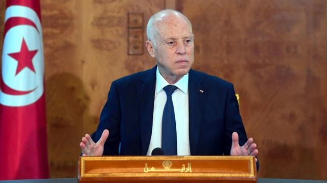 مفاجأة في الطرد المشبوه المرسل إلى الرئيس التونسي