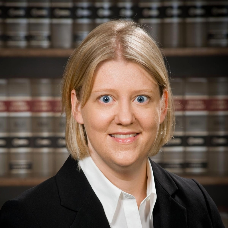 الصورة : سارة هان - أستاذة قانون الشركات في كلية الحقوق في جامعة نيويورك.