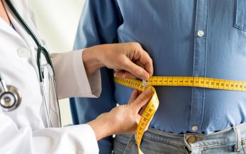 الصورة: الصورة: دراسة أمريكية تقلب الموازين: الوزن الزائد يطيل العمر!