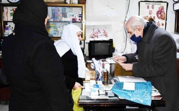 الصورة: الصورة: إحسان .. طبيب الفقراء لا يبحث عن ألقاب