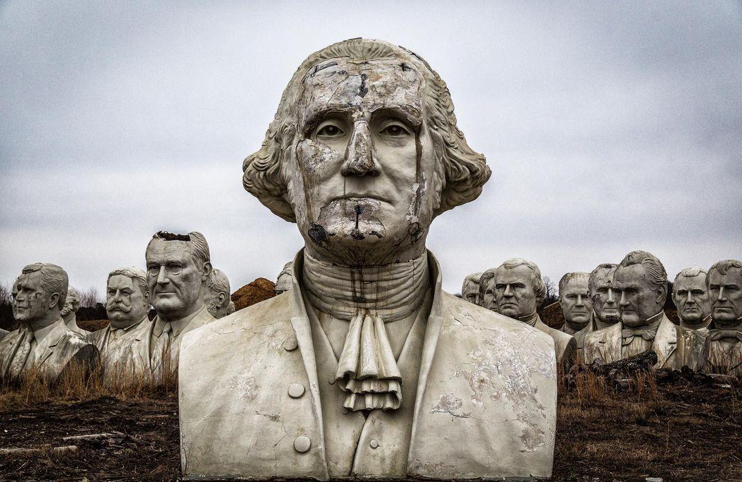 الصورة : الرئيس واشنطن