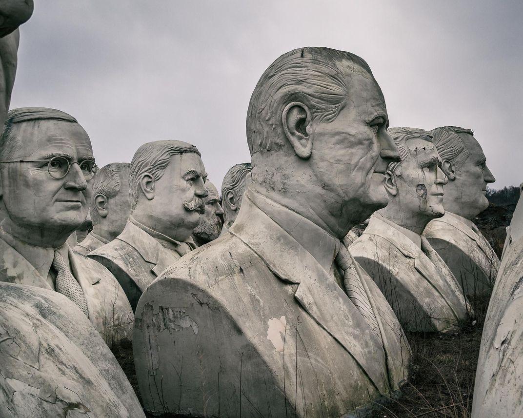 الصورة : الرئيس ليندون جونسون