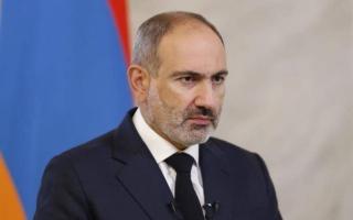 الصورة: الصورة: رئيس وزراء أرمينيا يتهم الجيش بمحاولة انقلاب
