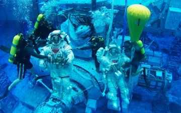 الصورة: الصورة: «الإمارات لرواد الفضاء» يستعد لاختيار رائدين جديدين من الدفعة الثانية قريباً