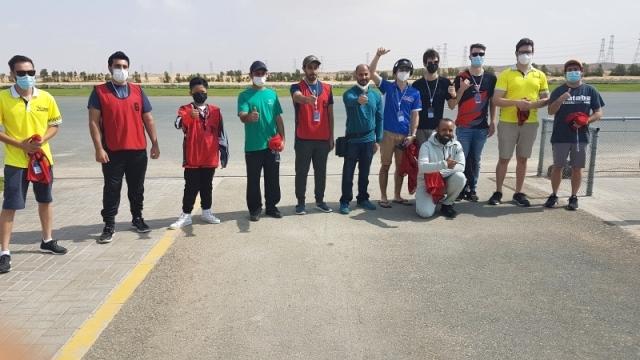 12 طياراً في «دبي ماسترز» للطيران اللاسلكي الحر