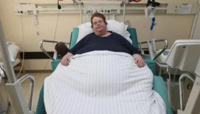 صورة دخل المستشفى ليجري عملية قلب فأجروا له عملية ولادة قيصرية! – منوعات