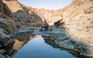 الصورة: الصورة: رأس الخيمة تدعو ضيوفها للاستمتاع برياضة المسير الجبلي وسط الطبيعة الخلّابة