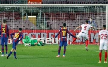 الصورة: الصورة: برشلونة يقهر أشبيلية بثلاثية نظيفة ويتأهل لنهائي كأس إسبانيا