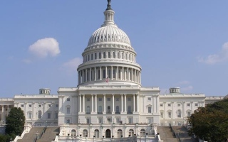 الصورة: الصورة: النواب الأمريكي يؤجل جلسة الخميس بعد تهديدات باقتحامه