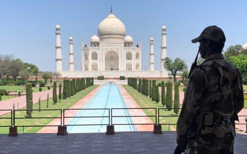 """الصورة: الصورة: الهند.. تهديد بتفجير """"تاج محل"""" وإجلاء السياح من الموقع"""