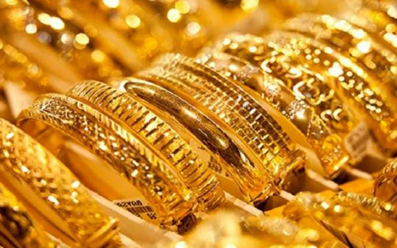 الصورة: الصورة: أسعار الذهب ترتفع عن أدنى مستوى في 9 أشهر