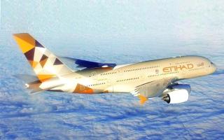 الصورة: الصورة: «الاتحاد للطيران» تمدّد التأمين الصحي  لـ«كورونا»