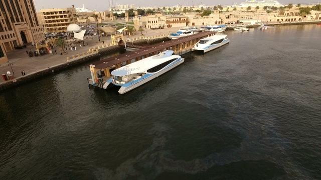 طرق دبي والإنماء السياحي بالشارقة توقعان مذكرة للترويج للنقل البحري بين الإمارتين