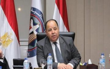 الصورة: الصورة: وزير المالية المصري يزف بشرى سارة لملايين المصريين
