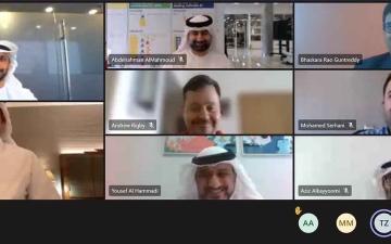 الصورة: الصورة: مناقشة خطة عمل مركز تحليل البيانات الضخمة بجامعة الإمارات