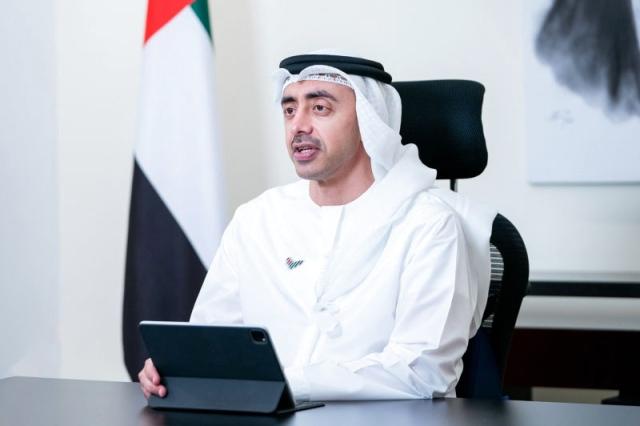 عبدالله بن زايد  يدعو لتضافر المجتمع الدولي في تسريع  إنهاء أزمة «كوفيد 19» عبر تأمين اللقاحات