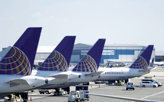 الصورة: الصورة: «يونايتد إيرلاينز» نحو تعيين طيارين مع تفاؤل بمستقبل السفر