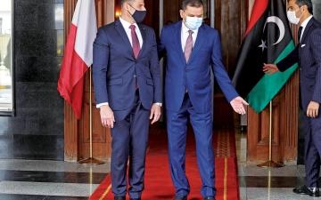 الصورة: الصورة: تدفّق دبلوماسي في ليبيا.. إعادة فتح 3 سفارات اليوم