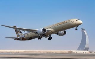 الصورة: الصورة: «الاتحاد للطيران» ترفع  وجهاتها إلى 60 في مايو