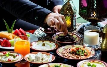 الصورة: الصورة: وجبة السحور وأهميتها الخفية