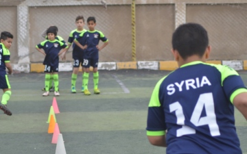 الصورة: الصورة: عبادة.. اللاعب الصغير يحلم بقيادة منتخب سوريا