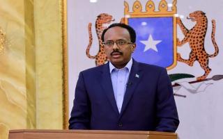 الرئيس الصومالي يمدّد ولايته عامين