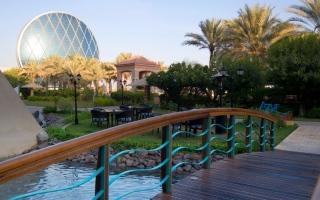 أبوظبي تمدد إعفاء المنشآت الفندقية من الرسوم السياحية
