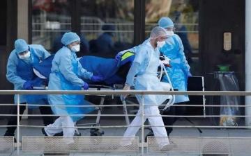 الصورة: الصورة: أكثر من 100 ألف وفاة في فرنسا جراء كورونا منذ بداية الأزمة