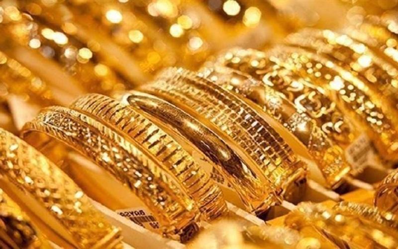 الصورة: الصورة: الذهب يعتلي قمة أكثر من شهر مع تراجع عوائد السندات
