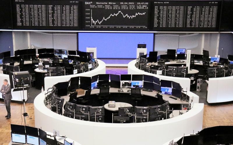 الصورة: الصورة: الأسهم الأمريكية والأوروبية تسجّل مستويات قياسية جديدة
