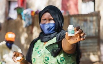 الصورة: الصورة: انطلاق حملة مدى «تبرع بدرهمين لإنقاذ عينين»