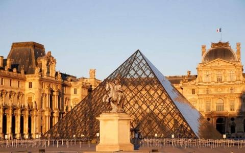 الصورة: الصورة: متاحف ومطاعم فرنسا تعود منتصف مايو