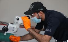الصورة: الصورة: شرطة دبي تثبت ارتكاب جريمة قتل عبر «مقارنة آثار الآلات على العظام»