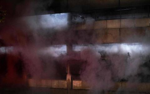 الصورة: الصورة: حريق هائل في أحد أكبر مستشفيات جوهانسبرغ