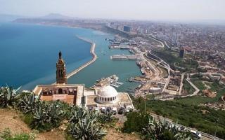 الصورة: الصورة: 230 مليون دولار خسائر شهرية لقطاع السياحة في الجزائر