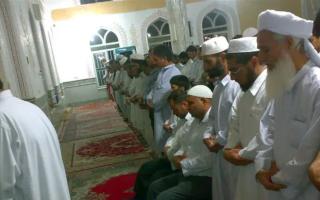 الصورة: الصورة: مقتل 8 من أسرة واحدة في إطلاق نار بمسجد في أفغانستان