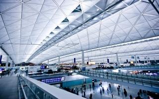 الصورة: الصورة: هونغ كونغ تحظر الرحلات الجوية من الهند وباكستان والفلبين