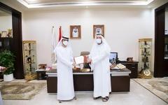 الصورة: الصورة: الجامعة القاسمية تستقبل وفداً من بنك دبي الإسلامي لدعم مبادرة التعلم عن بُعد